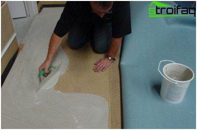 We put linoleum on glue