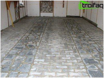 Облицювання підлоги в гаражі