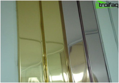 Slatted ceilings amaze with a variety of shades