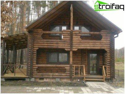 Kupaonica s potkrovljem, verandom i terasom omogućuje vam da živite u njoj