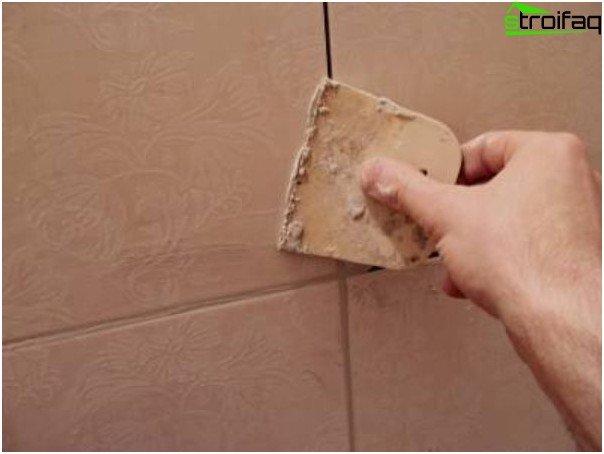 Superponer las costuras entre los azulejos