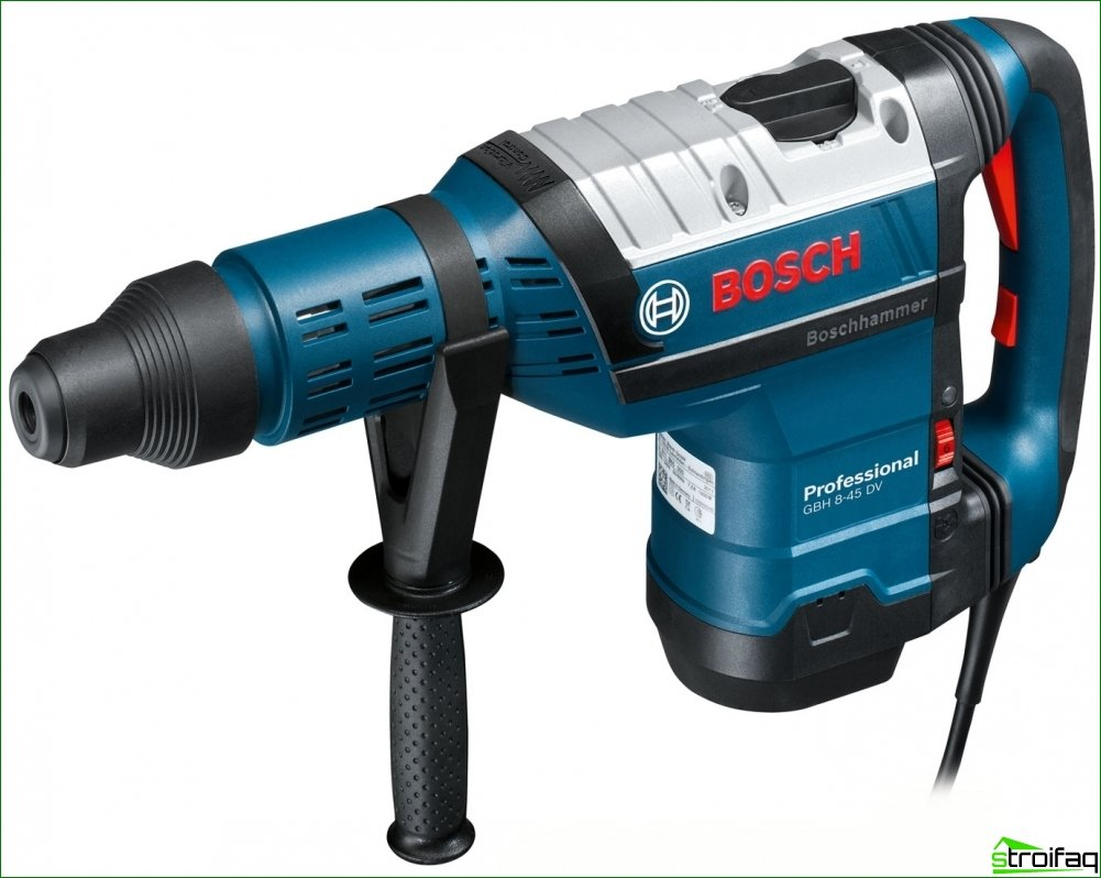 Electric tool for apartment renovation