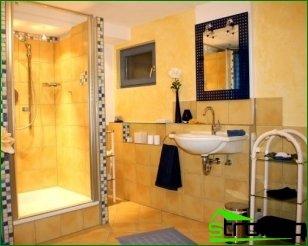 Bathroom design with shower