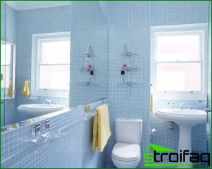 Can furniture be used if the bathroom is small?
