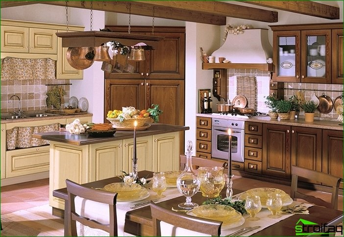 We equip the kitchen in the Italian style