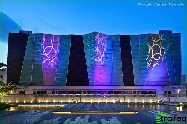 La luz como decoración moderna de la arquitectura.