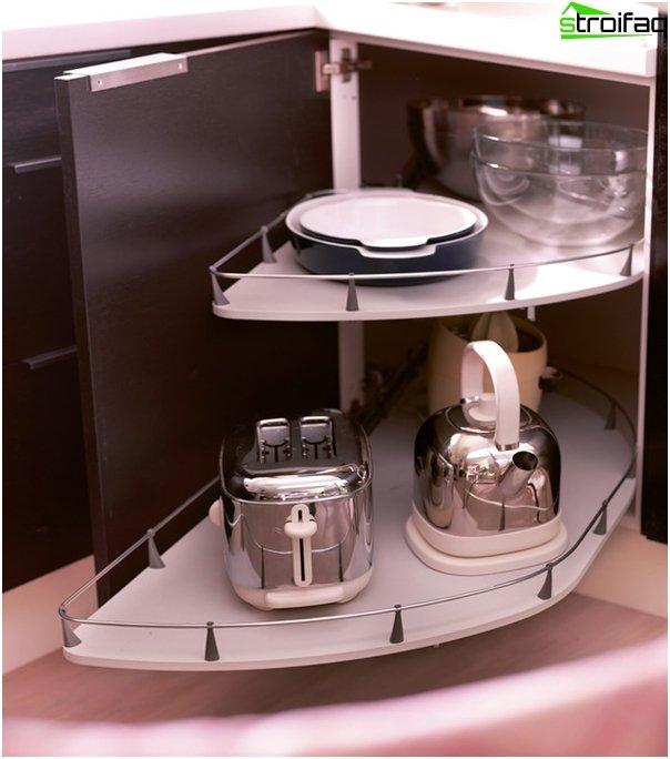 Ikea - 2: n keittiökalusteiden hyllyt ja laatikot