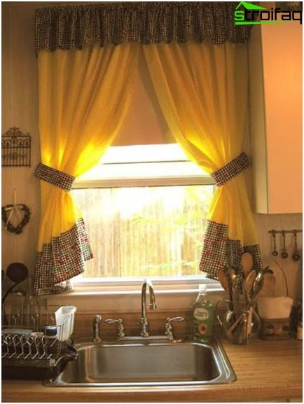 Photo curtains for a small kitchen