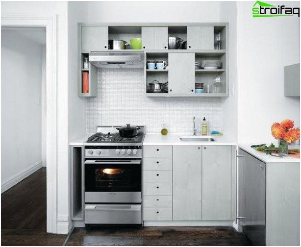 Kitchen layout 10 sq m 2