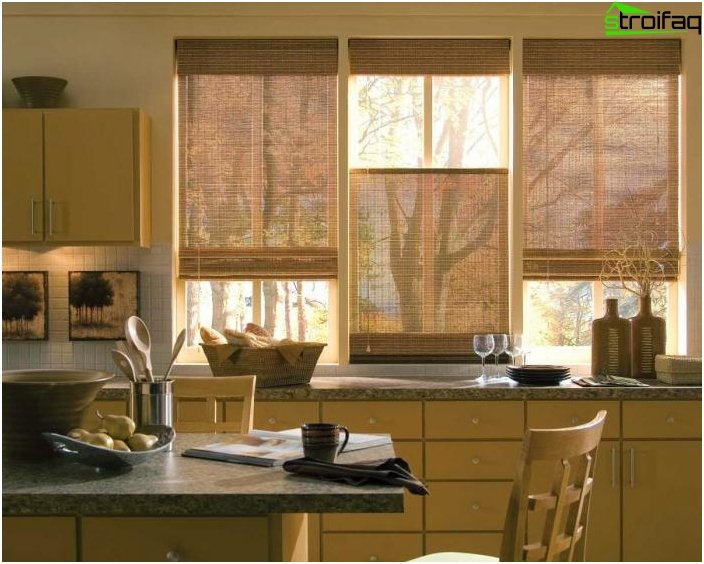 Roller blinds in the interior of the kitchen - photo 1