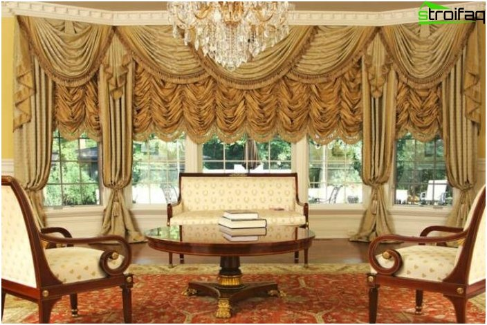 Design curtains for the hall, kitchen and bedroom