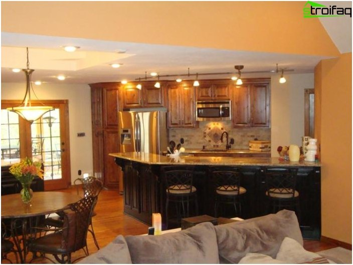 Дизайн на кухнята-хол - снимка 18