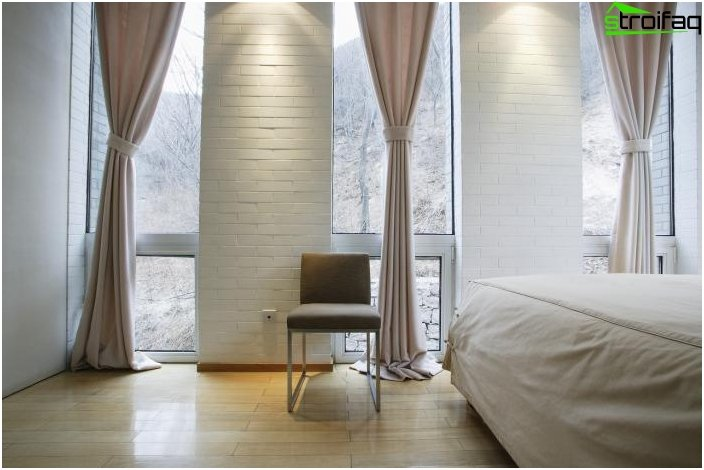 Curtains for the bedroom should carry comfort photo 8