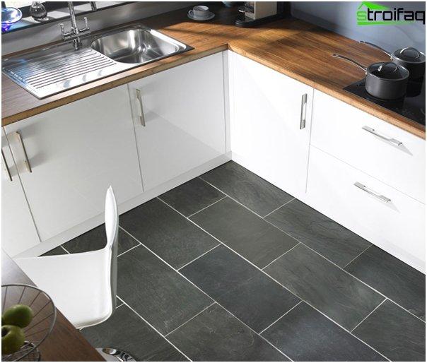 Fliesen im Inneren der Küche (Boden) - 2