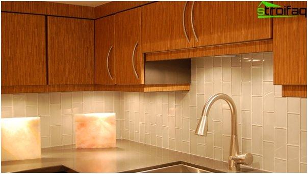 Fliesen im Inneren der Küche (mit eigenen Händen) - 5