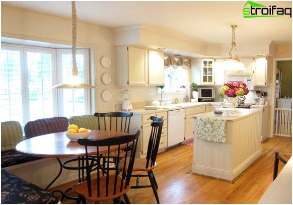 Spisebord i køkkenet: foto 4