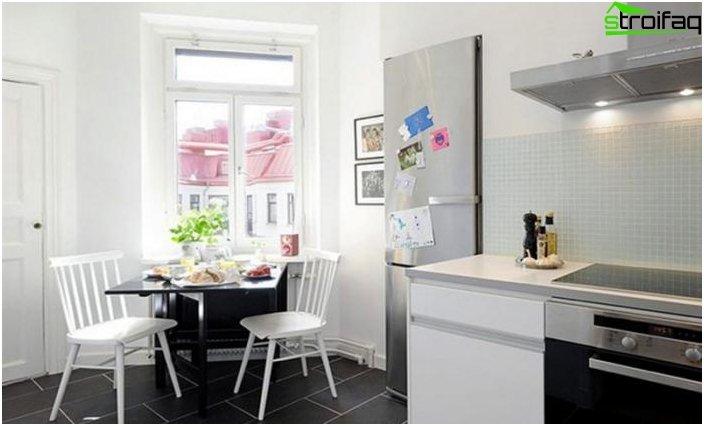 Spisebord i køkkenet 4