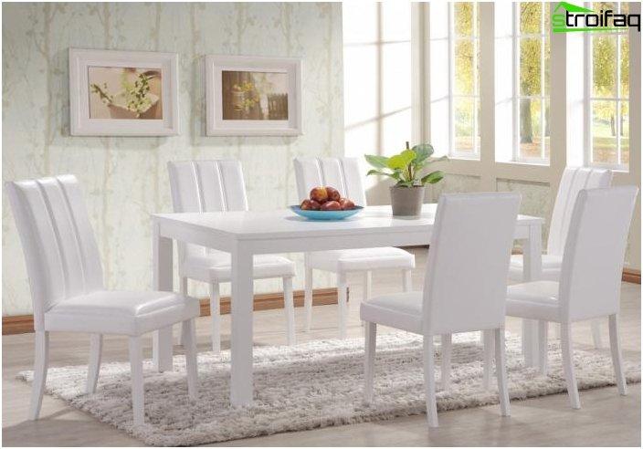 Spisebord i stuen: foto 5