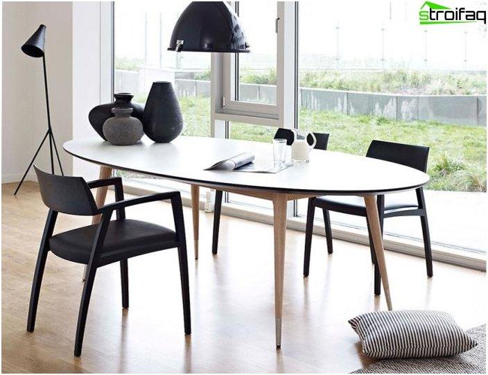 Ovalformet spisebord - 5