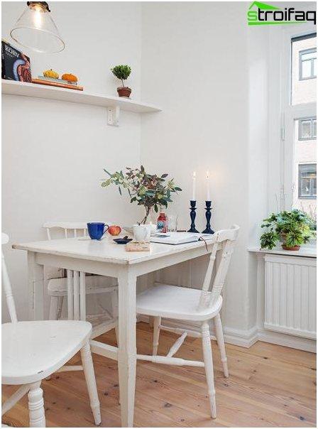 Spisebord til et lille køkken - 1
