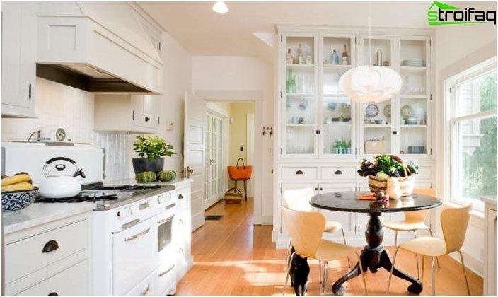 Spisebord til et lille køkken - 4