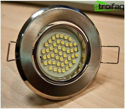 حساب عدد مصابيح LED