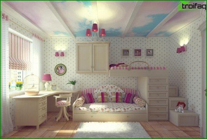El diseño del techo en la habitación de los niños.