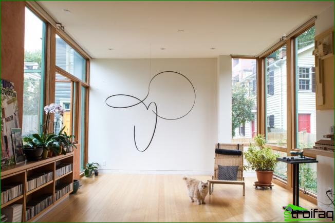Para decorar las paredes, puede usar absolutamente cualquier patrón, adorno, dibujo o abstracción.