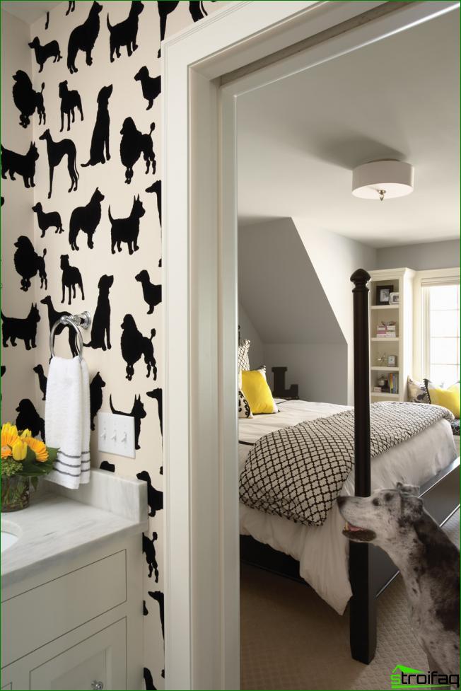 La solución original para decorar paredes usando papel tapiz con dibujos gráficos