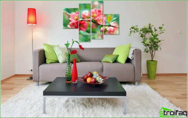 Panel de papel tapiz en la pared: un panel de papel fotográfico en forma de imagen modular
