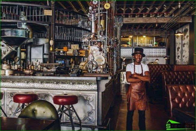 Hermoso e inusual diseño interior de cafetería