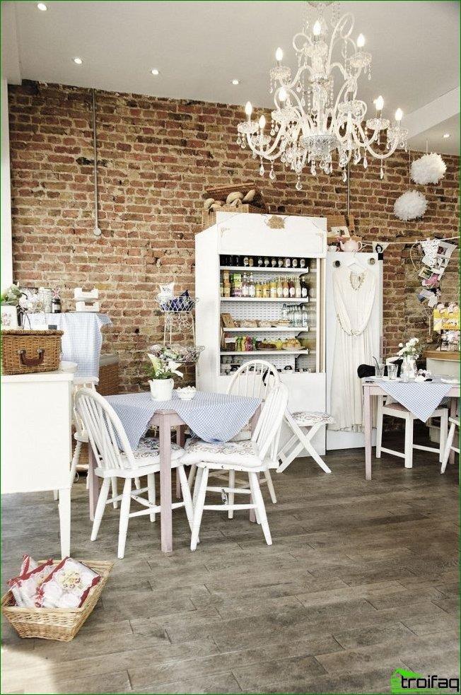 Hermosa Provenza en el diseño de la cafetería.