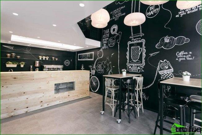 Elegante y moderno diseño en blanco y negro de una pequeña cafetería.