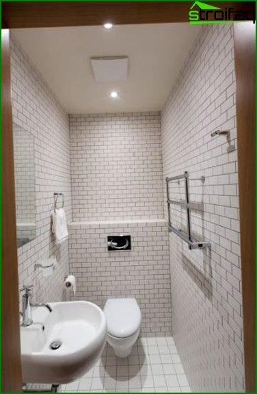 Photos of the interior of the toilet 7