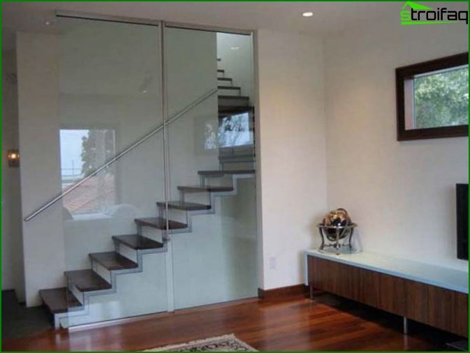 Types of stairs to the second floor
