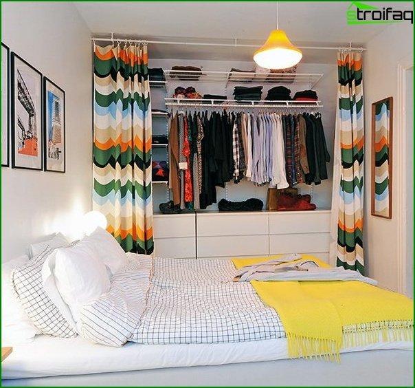 Dormitorio de diseño pequeño 10