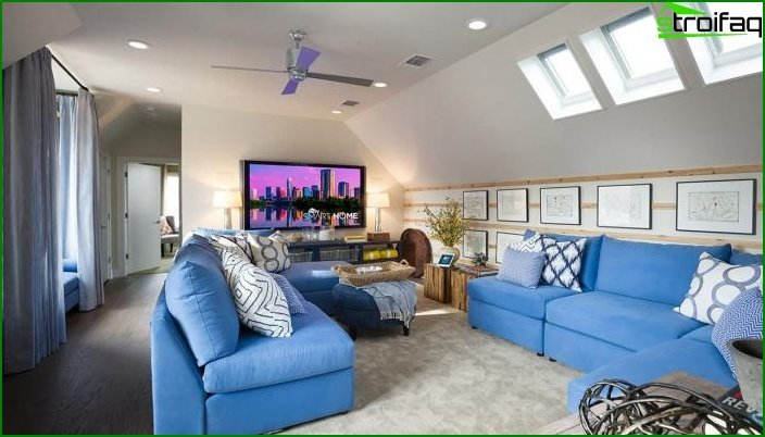 Shade of Air Blue in Living Room Design 2