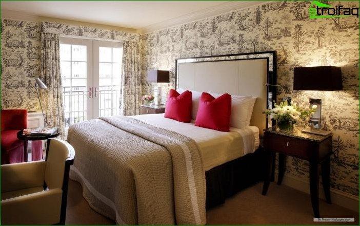 Papel pintado de papel en el dormitorio