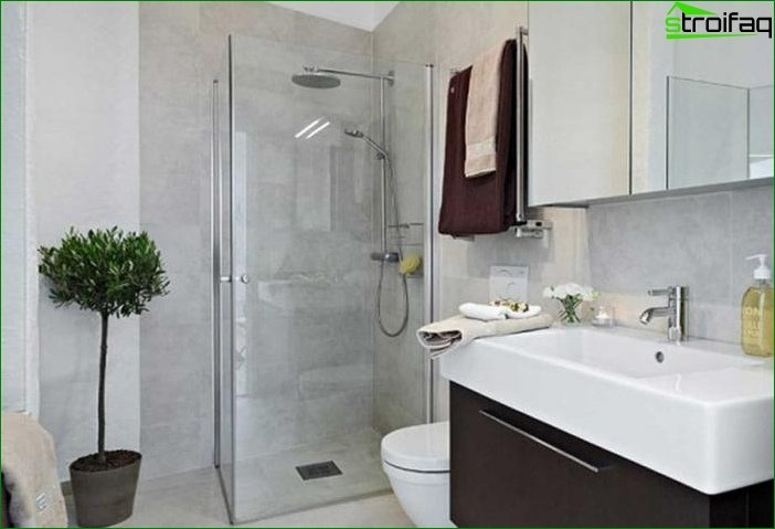 Стильна ванна кімната в типовій квартирі