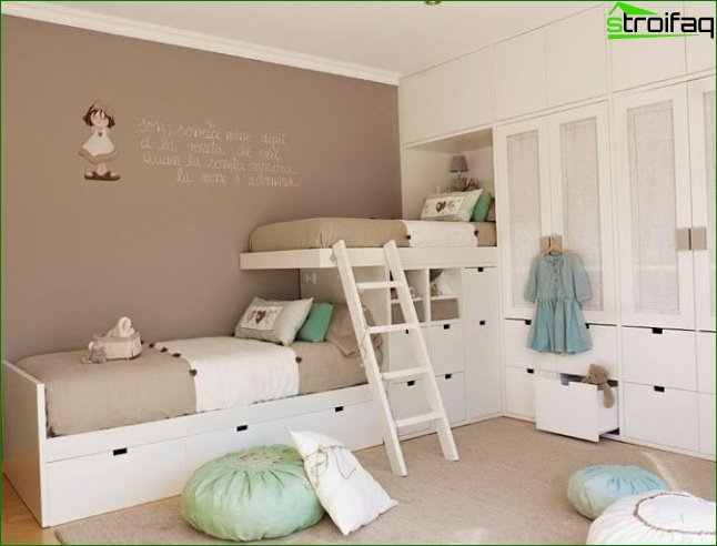 Zoning a room using different color schemes 7