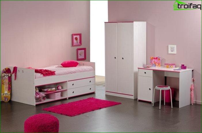 Foto de una habitación infantil para una niña 3