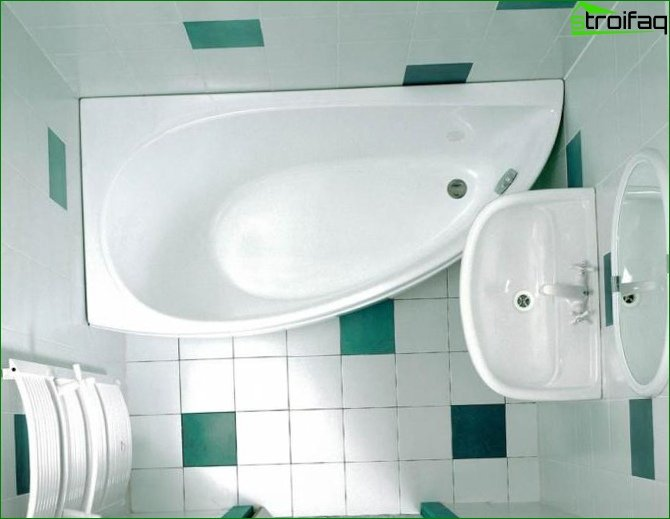 Small Corner Bathroom