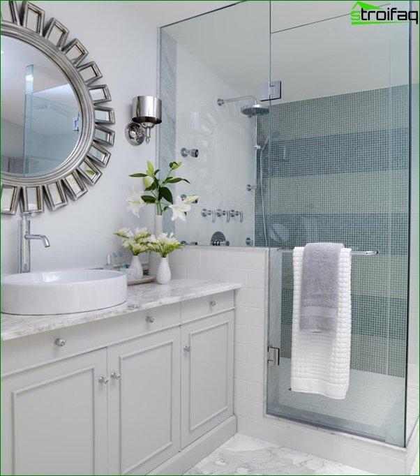 Tile for a small bathroom - 1