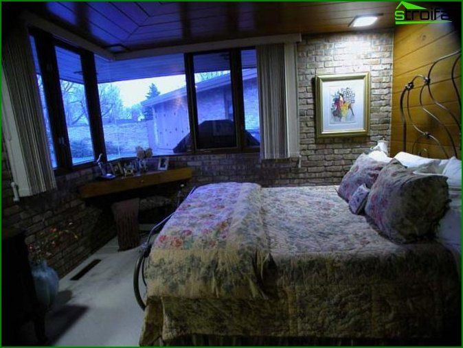 Photo of a bedroom in a private house