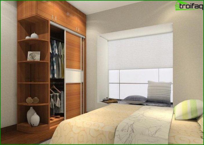 Armario corredizo en una habitación photo